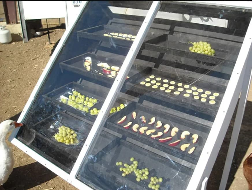 Tự chế tạo máy sấy năng lượng mặt trời